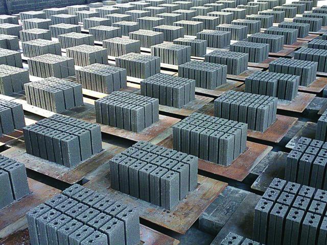 gach không nung được sản xuất từ phế phẩm than đá, tro bay, xỉ than